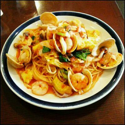 LASISA DINING (ラシサ ダイニング)