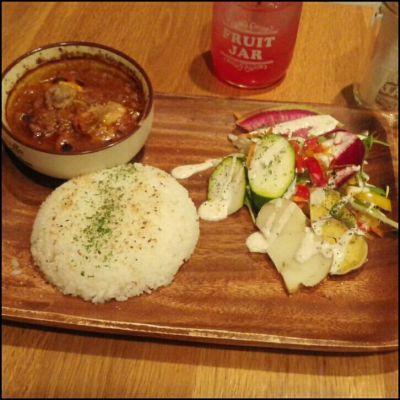 菜園カフェバル Beef&Vegetable NY ChibiClo 表参道店