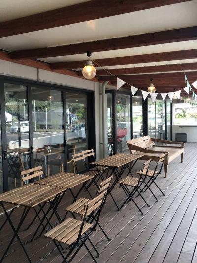 +1 Organic cafe & Market