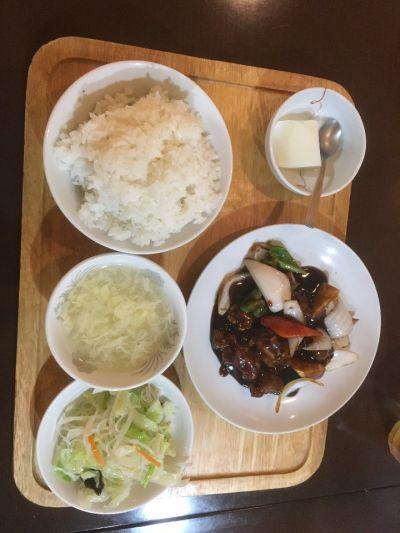 中華料理 溢宝居