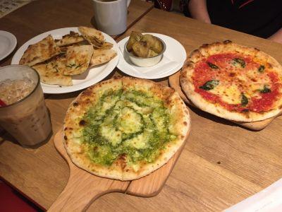 PIZZA NAPOLETANO CAFE 新宿御苑前店