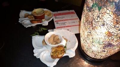 RESTAURANT & BAR USAGI (レストラン&バー うさぎ)