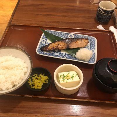 焼魚定食 魚角 東十条店
