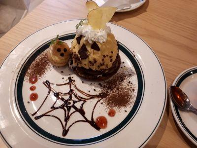 カフェ&パンケーキ グラム 原宿店 (gram)