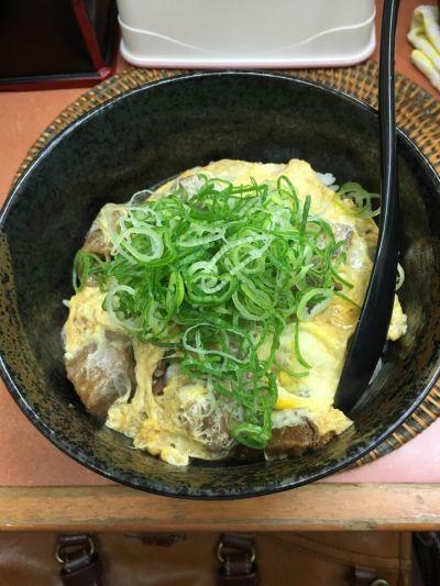 すじ玉丼  糀谷