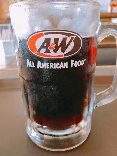 A&W 美浜店