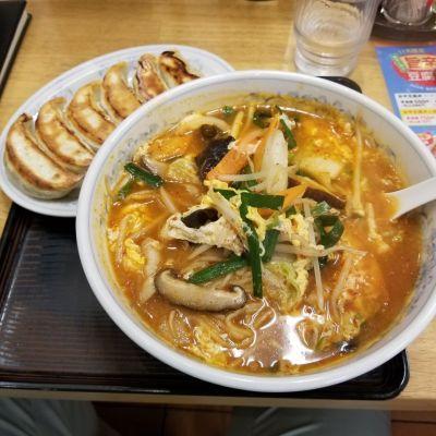 餃子の満州 ときわ台駅北口店