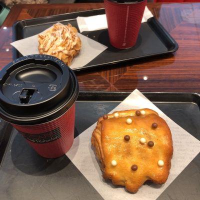 LE CAFE de Joel Robuchon ニュウマン新宿店