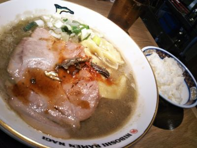 ラーメン 凪 田町店