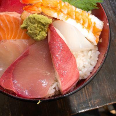豪快 立ち寿司 本町店