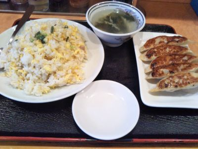 梅林餃子 田町店
