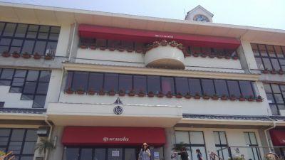 カフェ・スコーラ (Cafe Scuola)