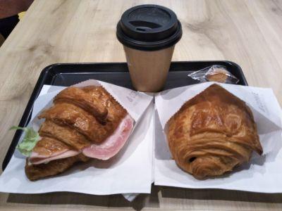 アンドコーヒー メゾンカイザー ムスブ田町店