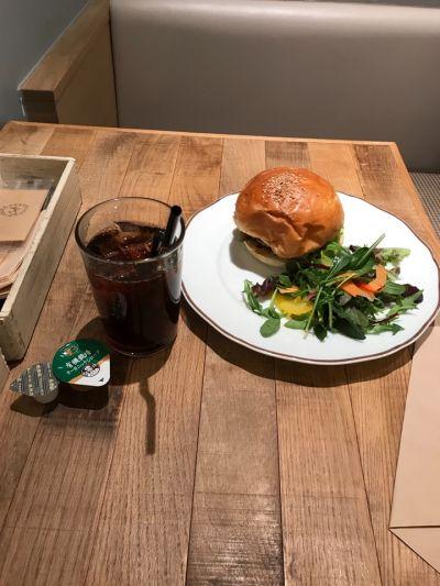 ジェラートピケカフェビオコンセプトthe cube店(gelato pique cafe bioconcept)
