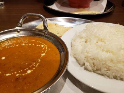 本格的インド ネパール タイ料理 エビン