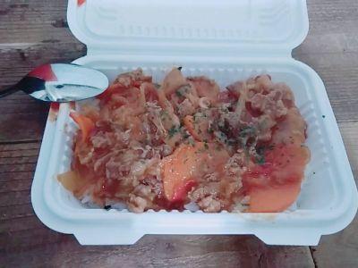 Stand lunch & bar 「Tabena & Nomina」(タベナ&ノミナ)