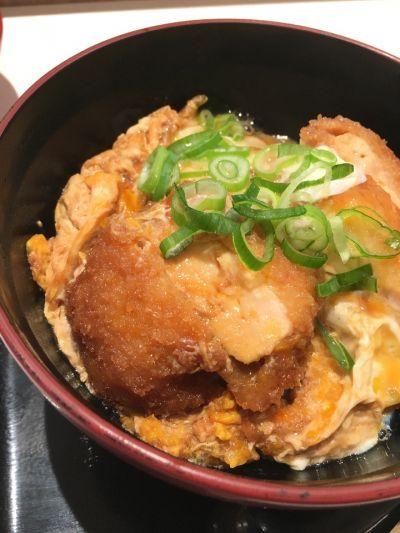 鶏丼や 博多華味鳥