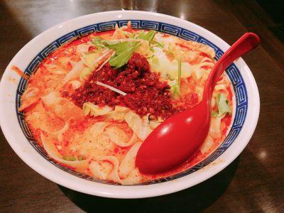 美薬房 刀削麺