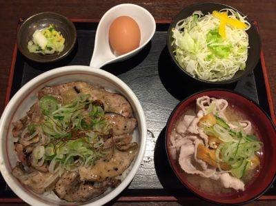 炭火焼豚丼信玄 下阪本本店の口コミ