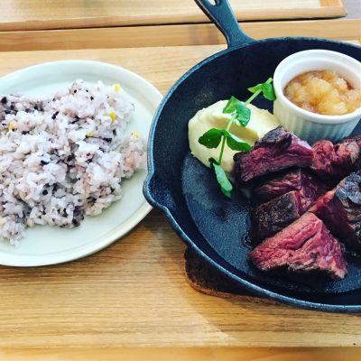 薪焼きステーキ Ajikura