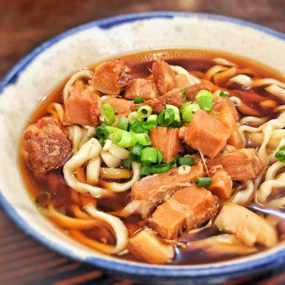 沖縄そば 自家製麺 みよ家