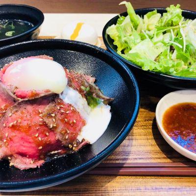 ローストビーフ丼 やまと イオンモール津南店