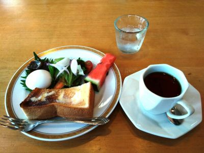 喫茶 茶花