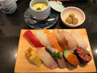 グルメ回転寿司一心 上社店
