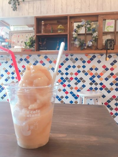swan's cafe juice stand
