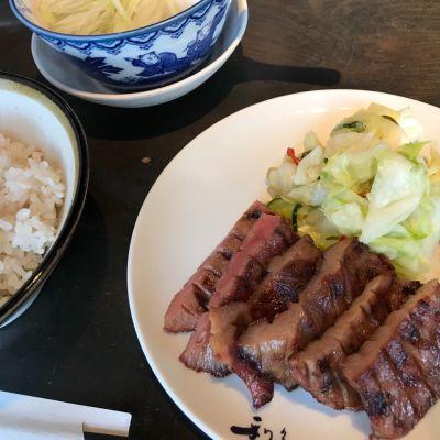 牛たん炭焼 利久 西口本店