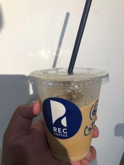 REC COFFEE 博多マルイ店