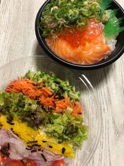 海鮮丼とお芋スイーツのお店*つくし*