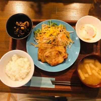 コニーズ・カフェ (Cony's Cafe)