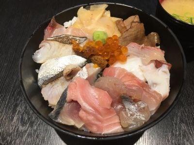 刺身BAR かぶきまぐろ 江戸noren店