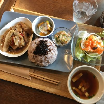 Cafe les Poissons カフェレポワソン