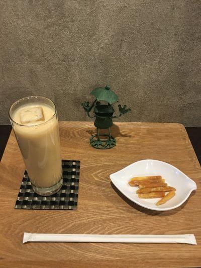 茶亭 カエルノウタ