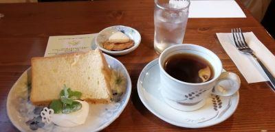 カフェ モエ (cafe moe)