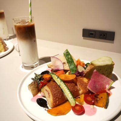 Pain KARATO Bowlangerie Cafe