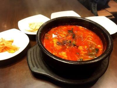 本場韓国家庭料理 柳の口コミ