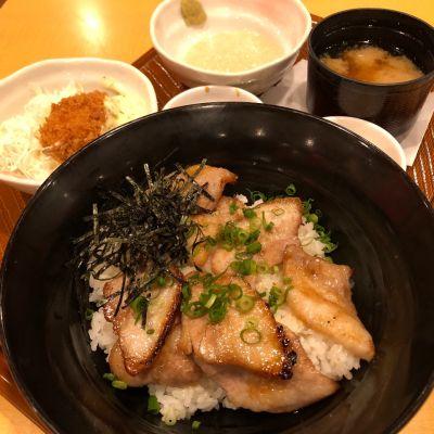 ガスト 稲沢店