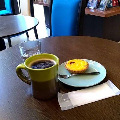 コーヒーアンドブックス (COFFEE & BOOKS)