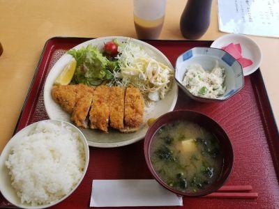 魚忠食堂 実穀店