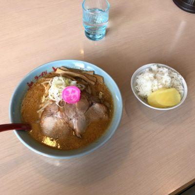 ラーメンさんぱち石山店