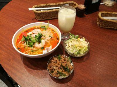ロイヤルココナッツガーデン 浜松町店