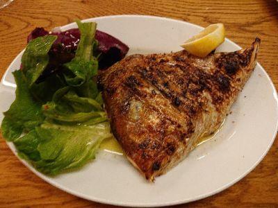 生牡蠣と魚介炭火焼 Carbon