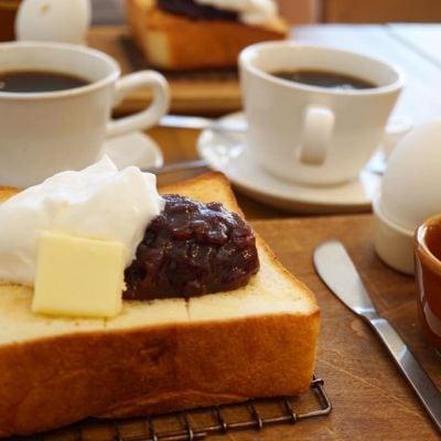 天然酵母の食パン専門店 つばめパン &Milk