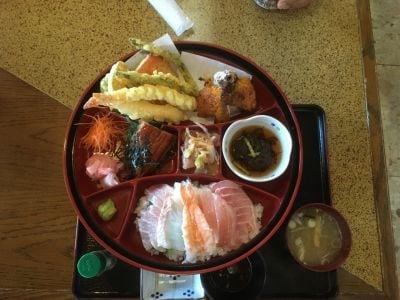 海鮮茶屋 サバニ