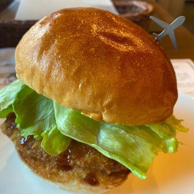 ダグズ・バーガー 名古屋店 (Doug'Burger)