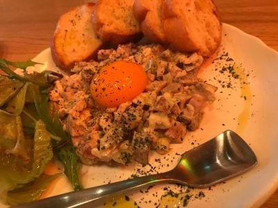 肉×ラクレットチーズ ポークチョップス