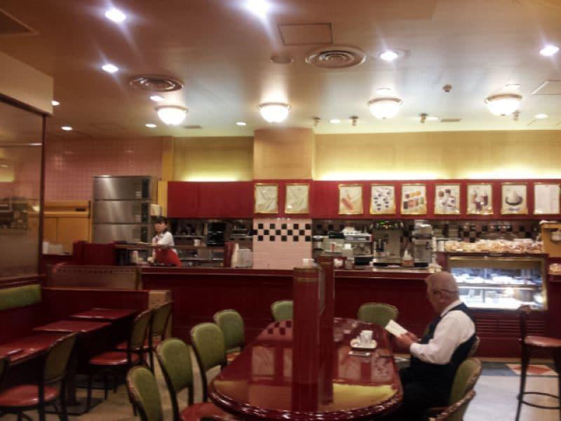 カフェ・ベローチェ 西新橋店